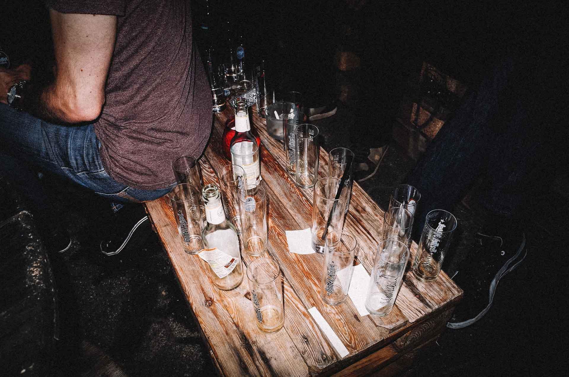 Auf ein Kölsch Kneipentour Halbzeit in der Stapel.bar in Ehrenfeld